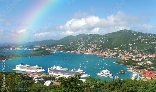 Photo Stands Caribbean Rainbow over tropical island