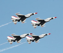 Flight Of 4 USAF Thunderbirds