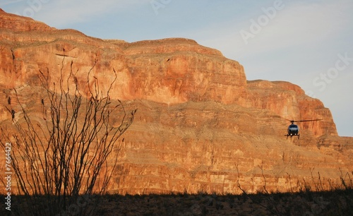 Fotografia Helicopter landing at Grand Canyon