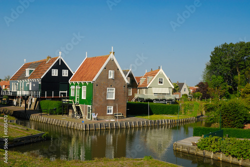 Photo  old dutch houses in Marken a small village near Amsterdam
