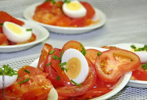 Recess Fitting Appetizer salade de tomates