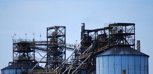 Fototapeta na wymiar Old manufacturing plant