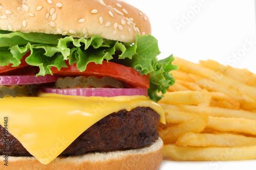 Fotografie, Obraz  Cheeseburger a francouzské hranolky