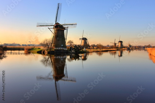 Windmills Of Kinderdijk Fotobehang