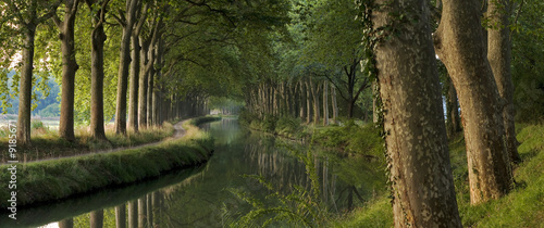 Printed kitchen splashbacks River Panoramic scene of Le Canal du Midi, Toulouse