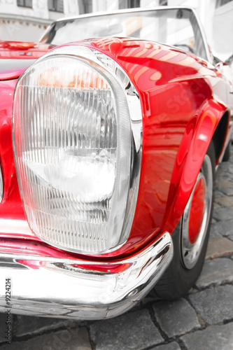 Poster Rouge, noir, blanc old-fashioned luxury red car