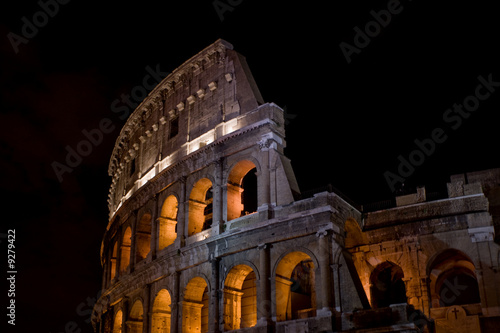 Fotografiet Colosseum at night