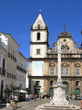 Eglise baroque sur une place de Bahia, Brésil.