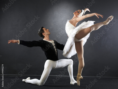 Ballet dancers плакат