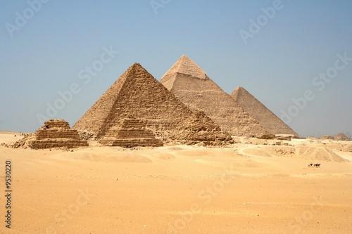 In de dag Egypte Pyramides de Gizeh, Egypte_Pyramids of Giza, Egypt