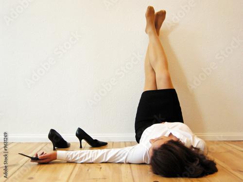 Obraz Geschäftsfrau hat Feierabend - fototapety do salonu