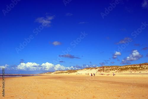 La pose en embrasure Bleu fonce plage