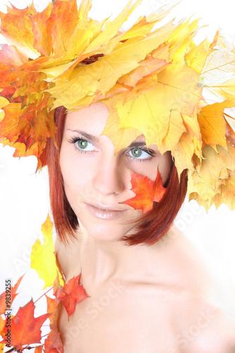 Fototapety, obrazy: joung beautiful autumn-girl