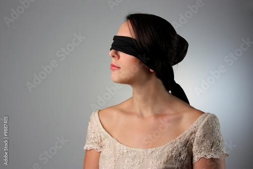 Photo blindfold