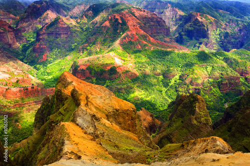 Valokuva  Rich Colorful Cliff of Na Pali Kauai
