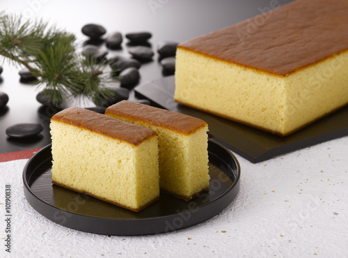Valokuvatapetti Kasutera is a popular Japanese sponge cake