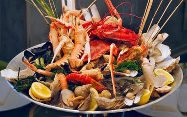 Fototapeta Do gastronomi Seafood on the plate