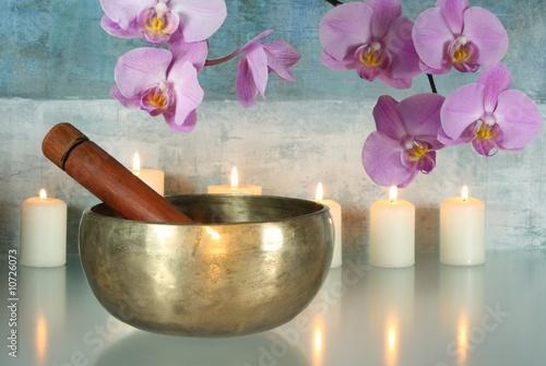 Doppelrollo mit Motiv - Klangschale mit Orchideenblüten und Kerzen