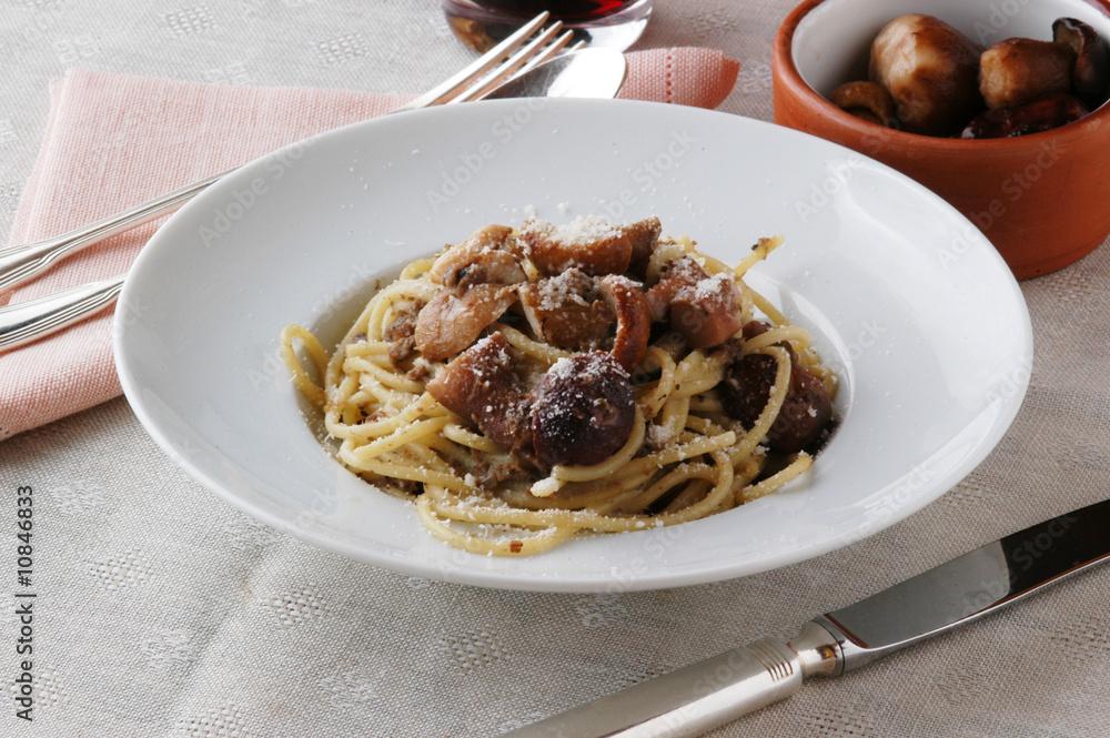 Foto  Bigoli grossi con l oca e porcini - Primi piatti del Veneto