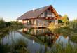 canvas print picture - Haus am Wasser