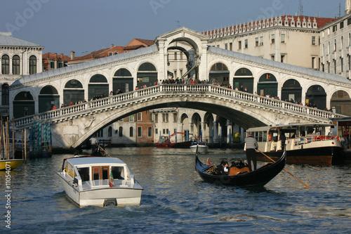 Venise - Circulation au pied du Rialto