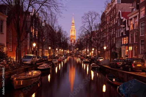 Ingelijste posters Amsterdam Zuiderkerk in Amsterdam Netherlands at twilight