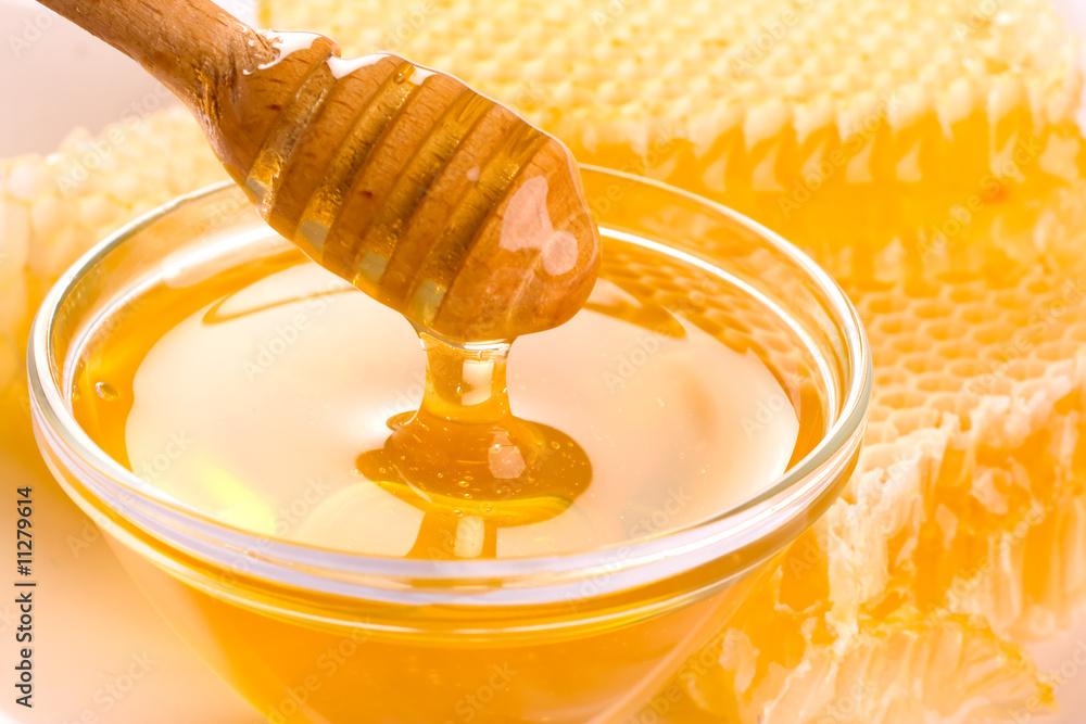 Fototapety, obrazy: Fresh honey with honeycomb