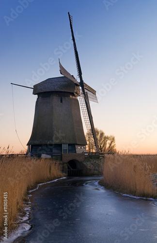 Fototapeta windmill landscape obraz na płótnie