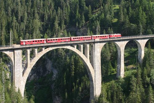 Tuinposter Spoorlijn Rhätische Bahn - Wiesener Viadukt