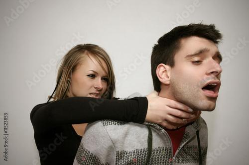 Fényképezés  Überfall von hinten der wütenden Freundin