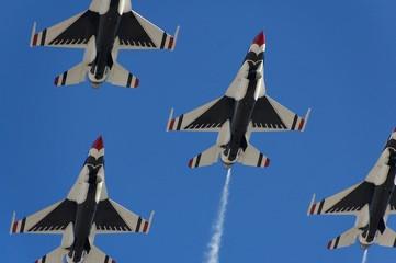 FototapetaMilitary fighter aircraft flight demonstration