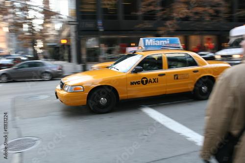 taxi-w-nowym-jorku-manhattan-soho