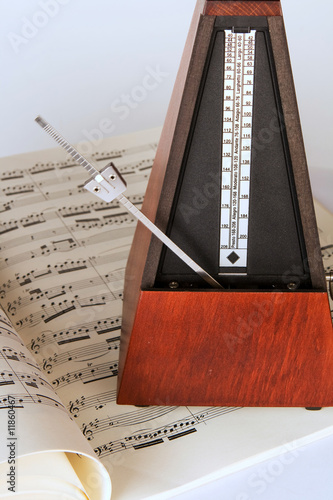 Photo Metronome and sheet music