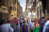 Fototapeta Uliczki - Crowd on a narrow Italian street