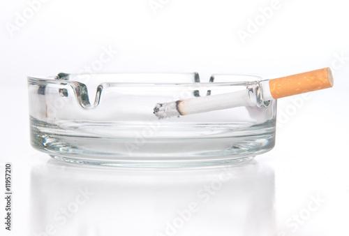 Keuken foto achterwand Fractal waves cigarette in ashtray