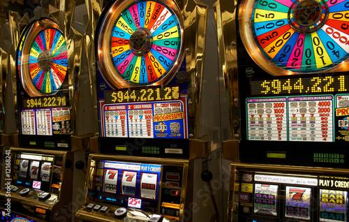 Slot machines плакат
