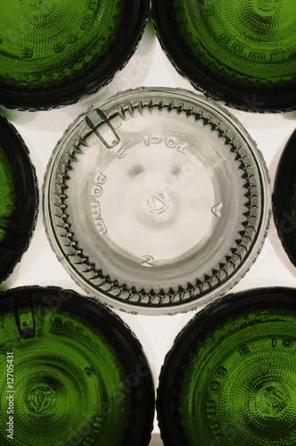 Fotografía  Fondi di bottiglie di vetro verde e bianco