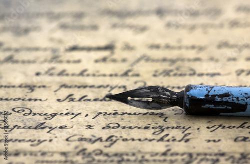 Papiers peints Retro Ancient letter and pen