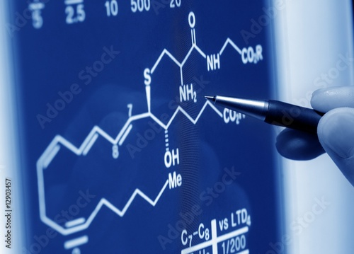 alyzing science graph on screen Wallpaper Mural