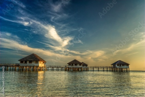 Foto op Plexiglas Crimson resort build over the water