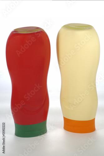 tube de sauce tomate et de mayonnaise Poster