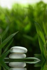 Fototapeta Woda Krople Steine im Wasser