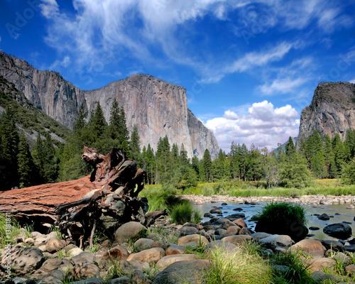 Photo  El Capitan View in Yosemite Nation Park