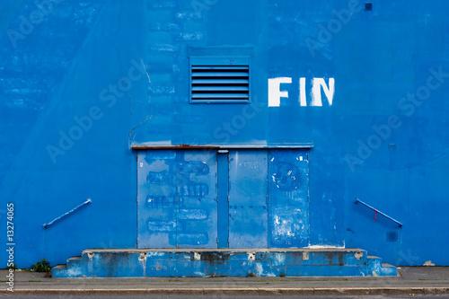 grève fin mur hangar bleu zone cite porte entrée peinture Canvas Print