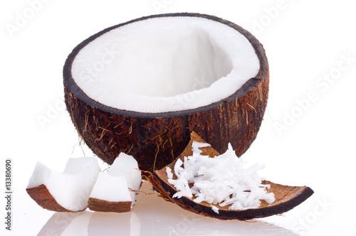 Cracked coconut Fototapeta