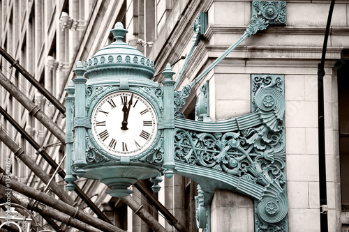 Photo  Marshall Field's Clock on State Street in Chicago