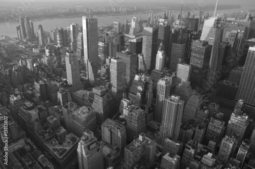 Fényképezés  Skyline New York taken from helicopter b/w