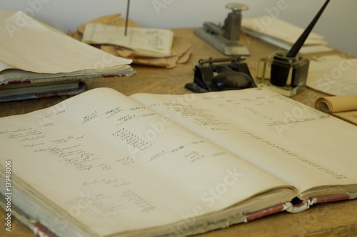 Photographie  Antique office supplies