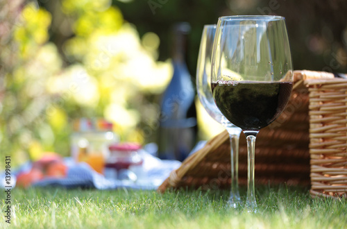 Spoed Foto op Canvas Picknick Summer picnic setting