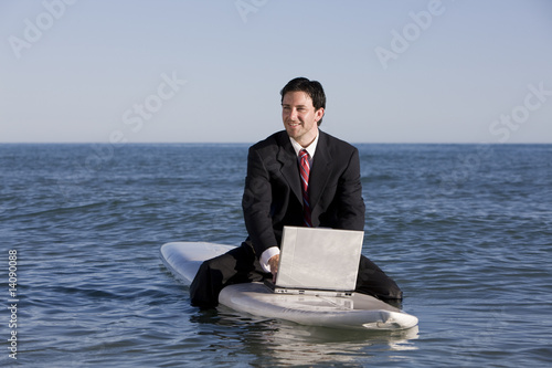 Photo Surfing Businessman